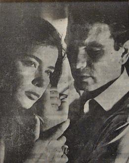 Τζένη Καρέζη, Νίκος Κούρκουλος. Πηγή: Τα Μεσημβρινή, 5/10/1963.