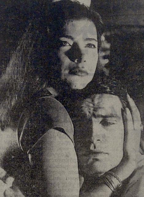 Τζένη Καρέζη και Νίκος Κούρκουλος στην πρώτη παράσταση της Γειτονιάς των αγγέλων.